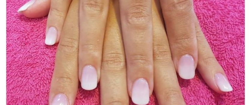 Acrylic Ombre Nails done by Winnie at Doné's