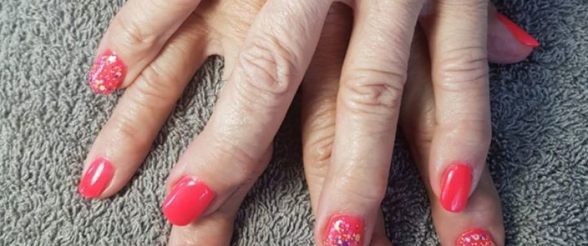 Acrylic Nails by Winnie from Doné's